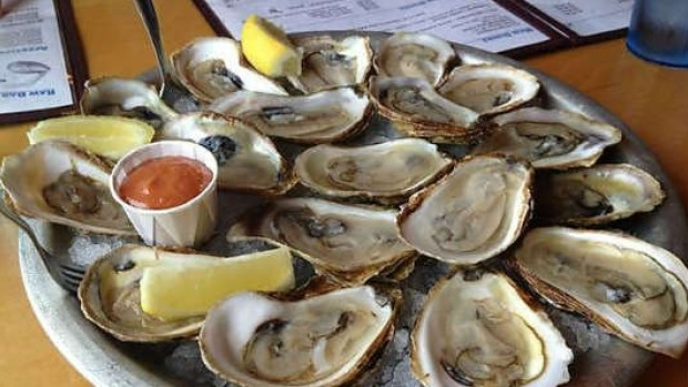 B.C. Oyster Industry Reeling After More Than 300 Consumers Fall Ill