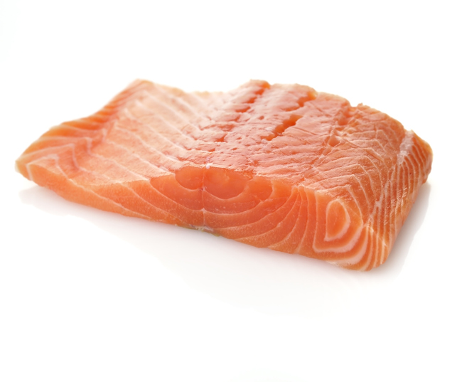 Chinas Salmon Prices Fluctuate After Chile Protests; Companies Try to Assure Chinese Buyers