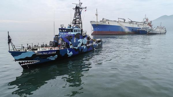 Damanzaihao, Worlds Largest Factory Vessel, Detained for IUU by Peru After Belize Strips Flag
