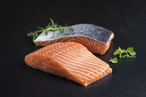 Japans August Airfreighted Salmon Imports Accelerate in Norwegian Fillets, Down from North America